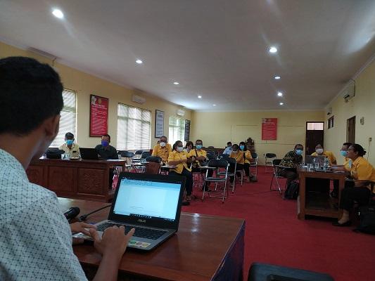 Pelatihan Penggunaan Aplikasi Mendeley Bagi Dosen STKIP Agama Hindu Singaraja