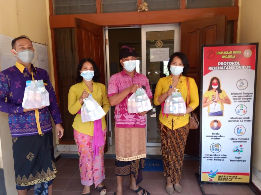 , Komitmen Dukung Pencegahan Covid-19, STKIP Agama Hindu Distribusikan Bantuan dari Ditjen Bimas Hindu